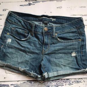 AEO Jean Cut Off Midi Shorts